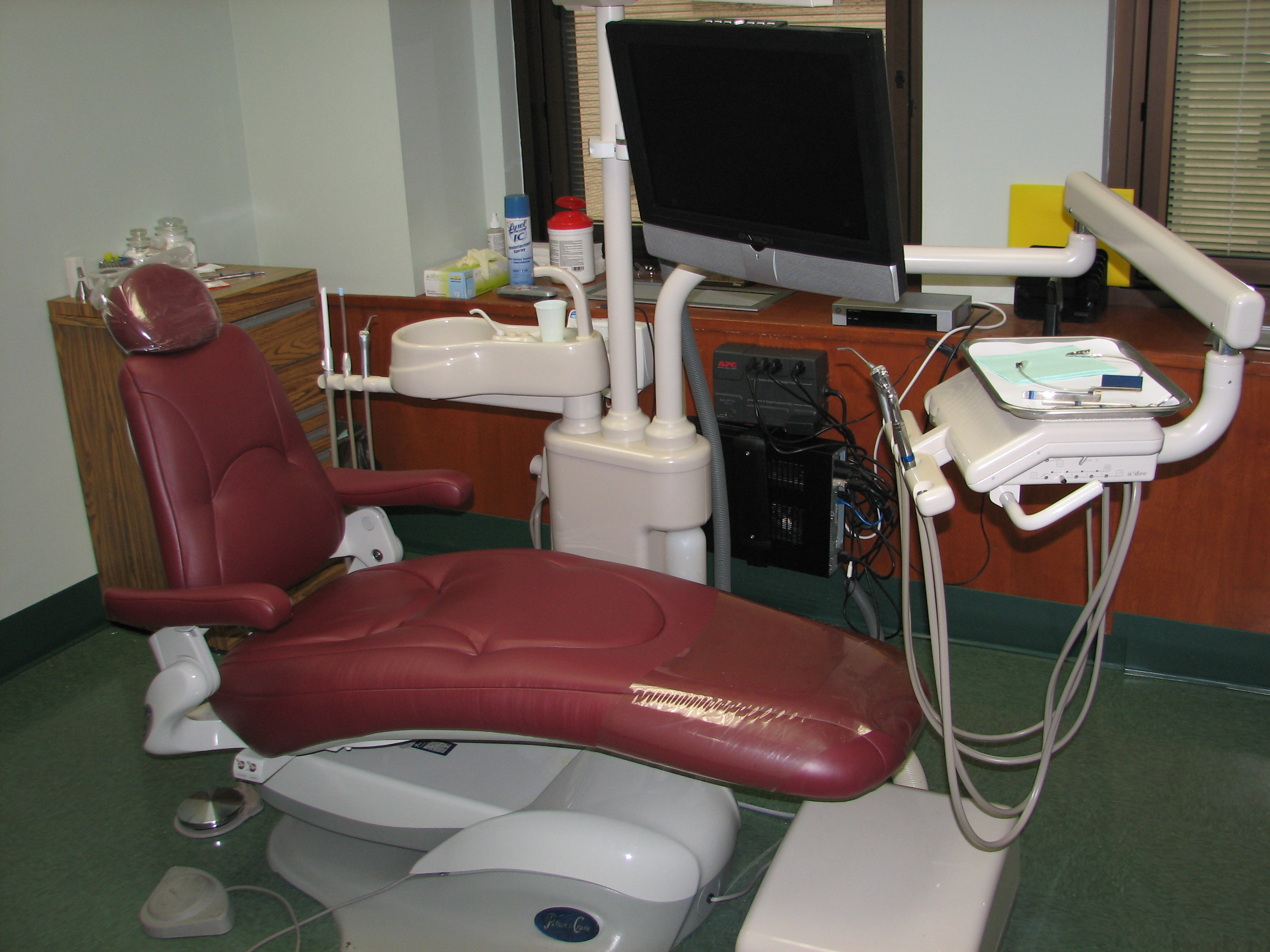 dentist chair in hayner dental